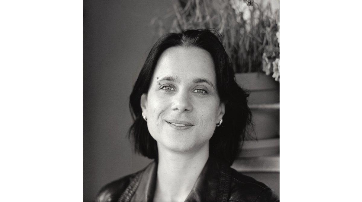 Im Glockenbachviertel: Autorin Sabine Brandl (www.sabinebrandl.net)