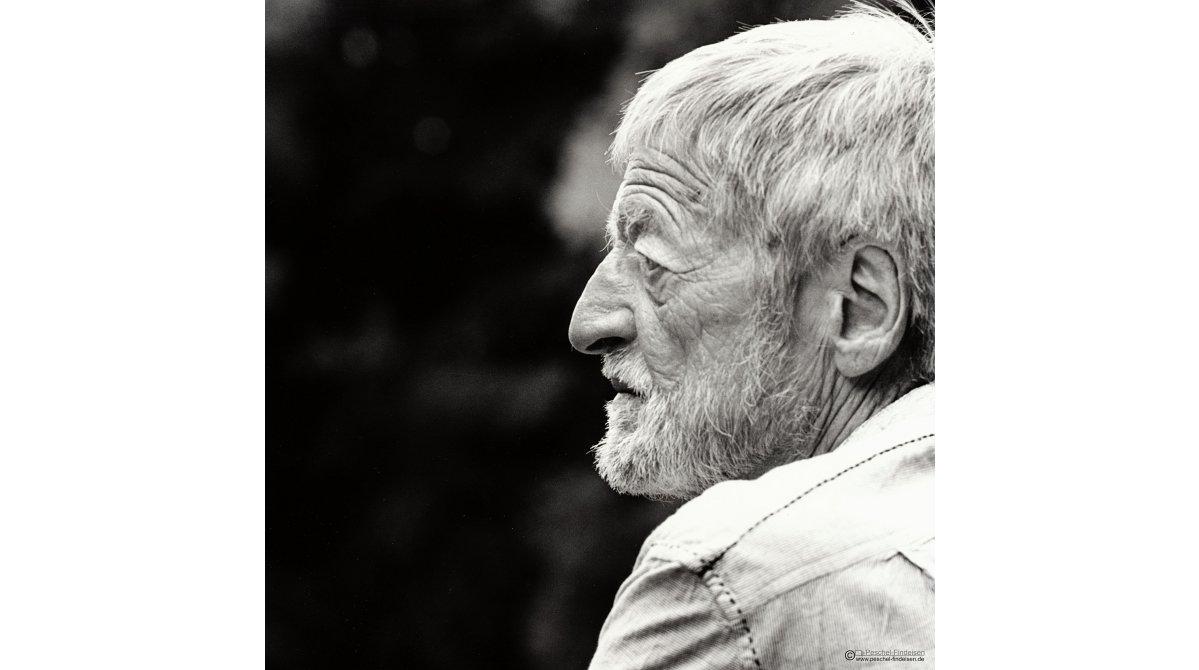 In den Isarauen: Schriftsteller Bernhard Ganter (www.bernhard-ganter.de)